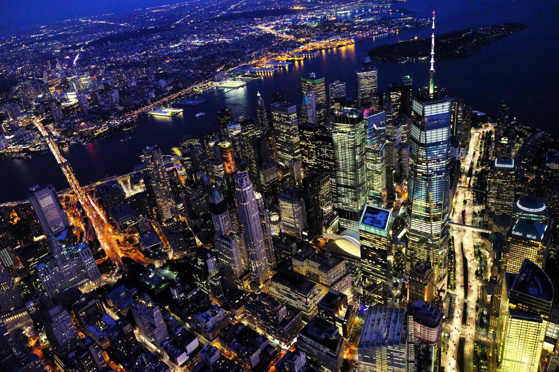 New York City at night - photo by igormattio from Pixabay under Pixabay License