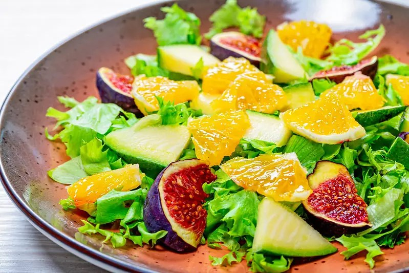 Anthony Bourdain Tbilisi - Salad of lettuce, oranges, figs and mango - photo by Marco Verch under CC BY 2.0