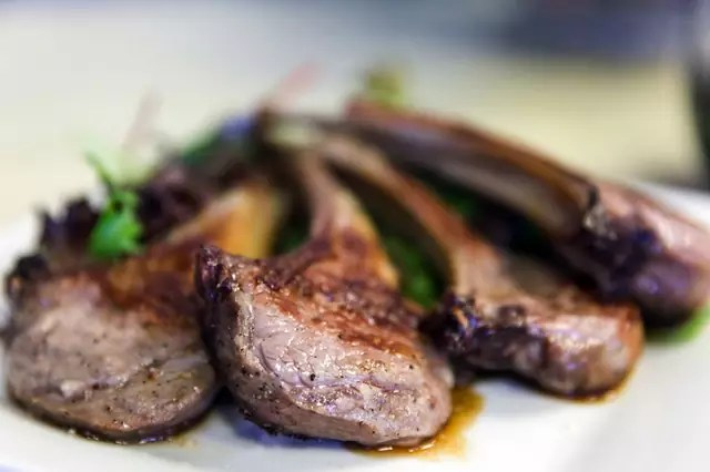 Lamb Chops - photo by Hold my ARK under Pexels License