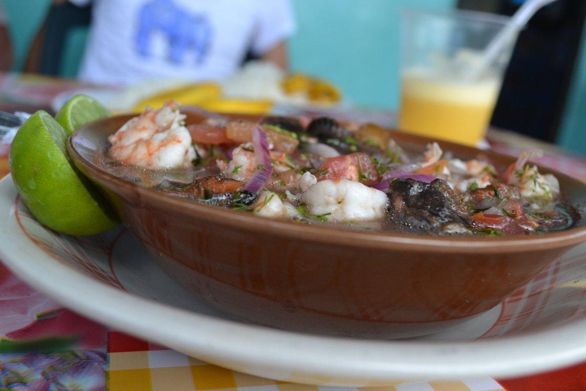 No Reservations Peru - Ceviche de Concha y Camarón - photo by Paulina Fecht under CC BY-SA 2.0