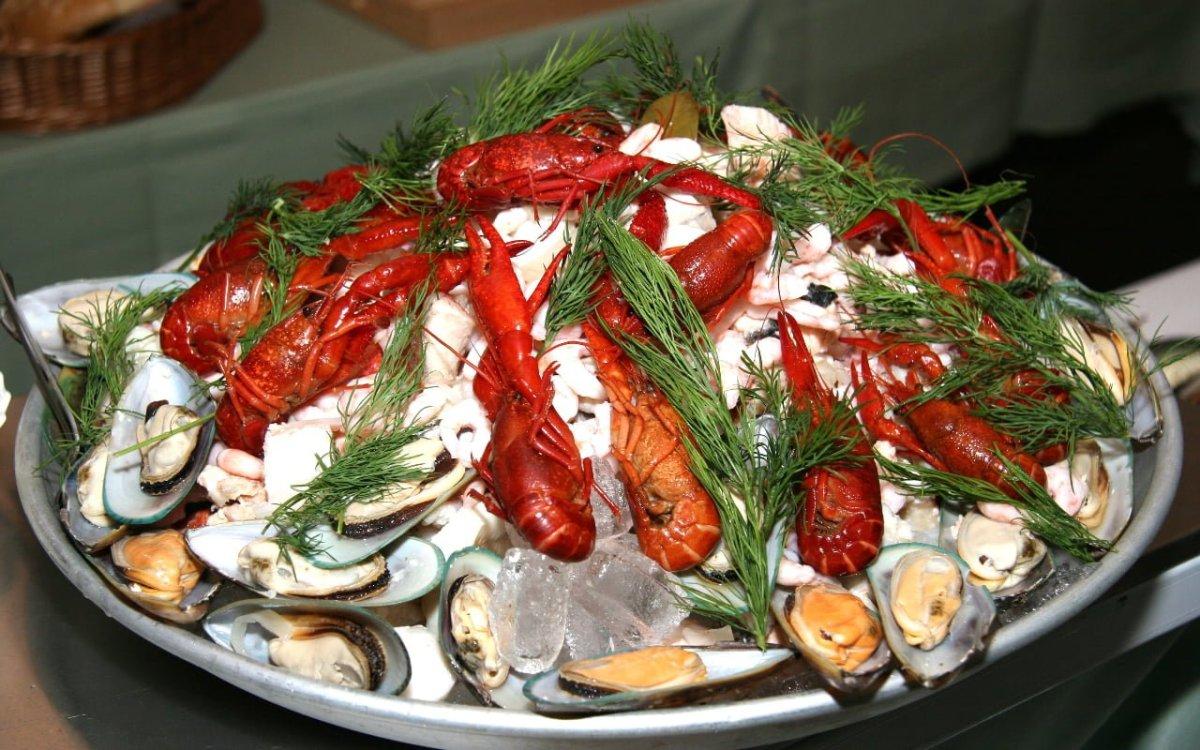 Anthony Bourdain Sweden - Fresh Shellfish - photo from pxfuel.com under CC0 1.0