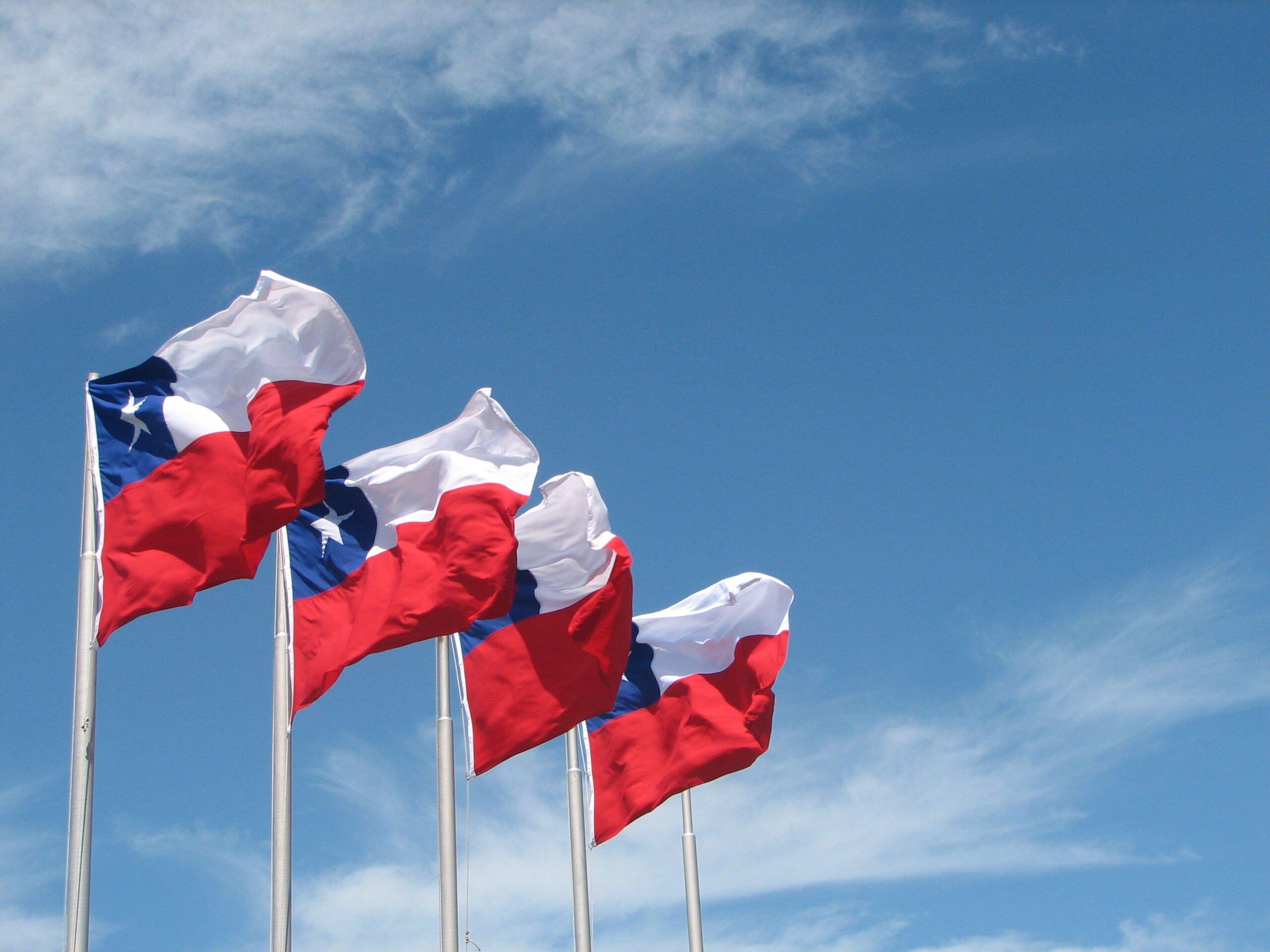Drapeaux du Chili - Photo par Mark Scott Johnson sous CC BY 2.0