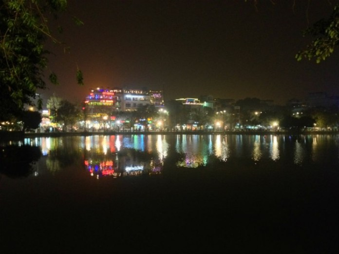A noite me Hanói