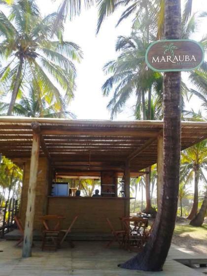 Bar da Pousada Marauba a beira mar