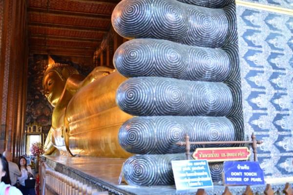 Buda deitado no Wat Pho