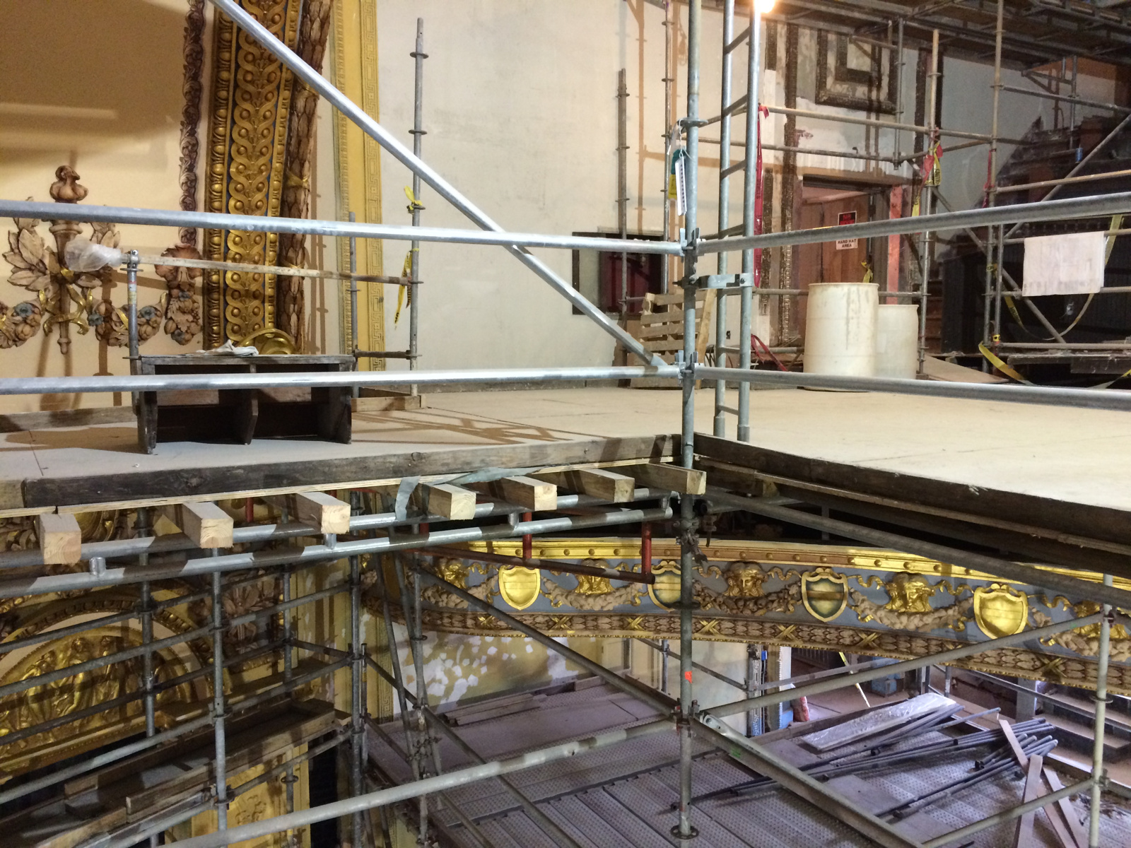 Lyric Theater scaffold 1