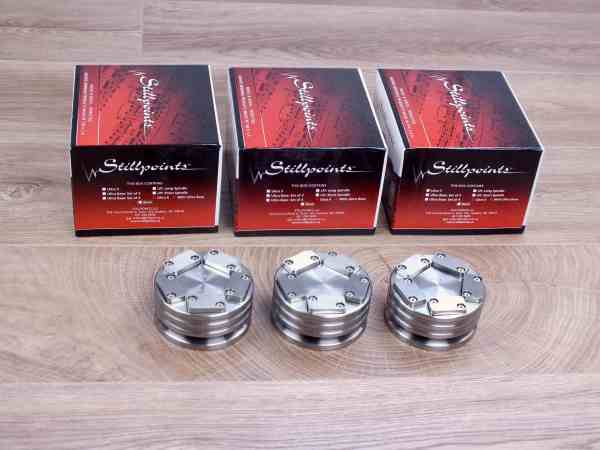 Stillpoints Ultra 6 highend audio tuning feet set of 3 with Ultra Bases 1