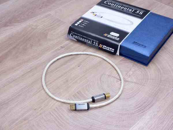 Oyaide Continental 5S audio USB cable (A to B) 0,6 metre 1