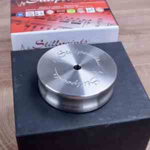 Stillpoints LP Isolator (LPI) Long Spindle record clamp 1