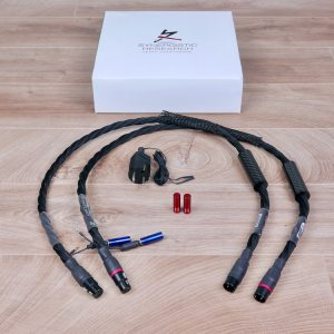 Synergistic Research Atmosphere UEF Level 4 highend audio interconnects XLR 1,0 metre 1