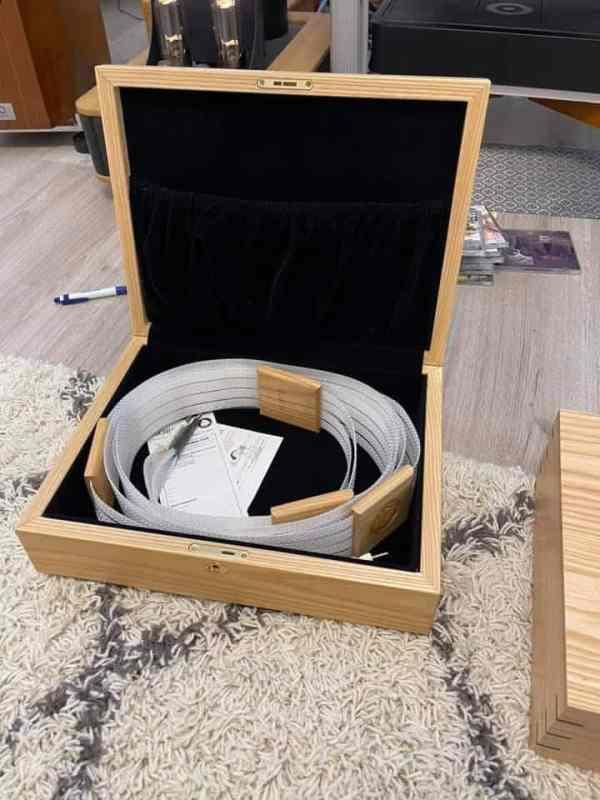 Nordost Odin Supreme Reference highend audio speaker cables 2,0 metre 1