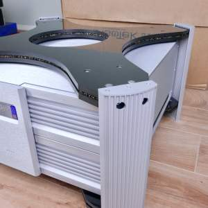 IsoTek EVO3 Super Titan 32A highend audio power conditioner 4