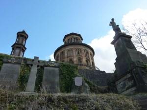 Contrary Life - Glasgow city guide - Necropolis