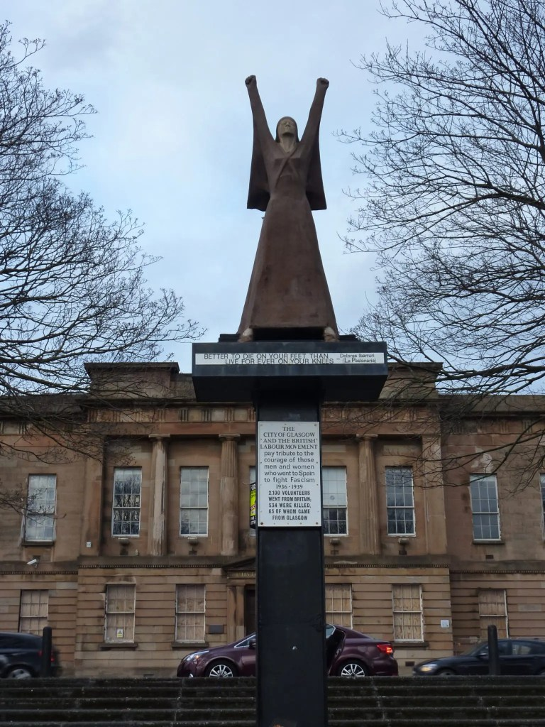 Contrary Life - Glasgow city guide - Statue of Dolores Ibarruri