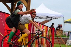HandleBards Eleanor Chaganis and Lucy Green (Photo: Tom Dixon)