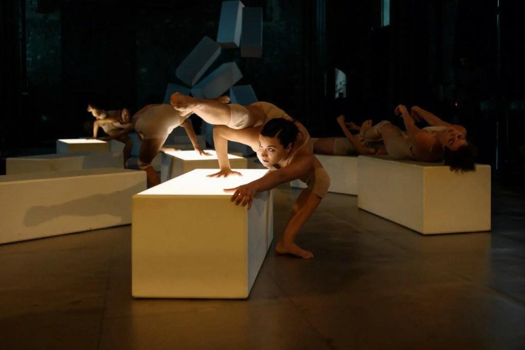 Shobana Jeyasingh Dance, Contagion, photo Jane Hobson
