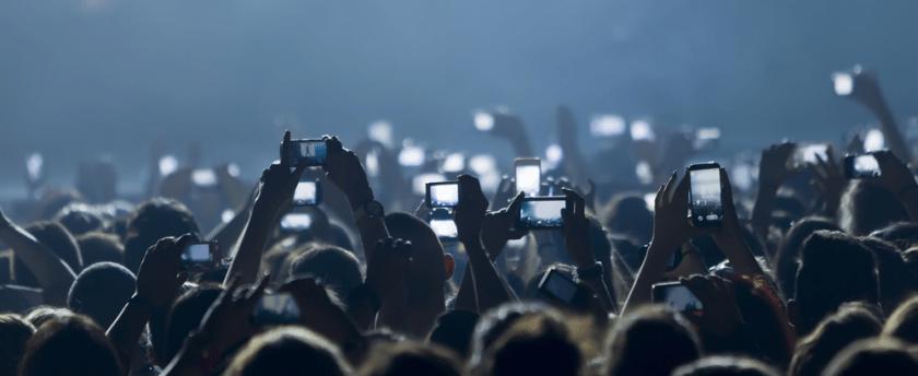 News au 7 avril 2020 Mobile-foule