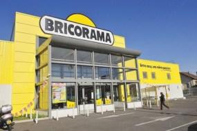 Bricorama, une des enseignes dont les salariés sont privés par la loi de la possibilité de travailler le dimanche