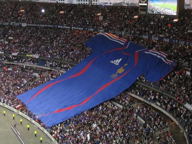 Maillot géant équipe de France de football au Stade de France