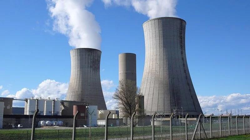Centrale nucléaire du Tricastin (Crédits : Sancio83, Image libre de droits)