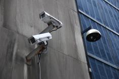surveillance credits jonathan McIntosh (licence creative commons)