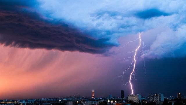Eclairs Storm & Lightnings - CC Flickr Frédéric Dupont