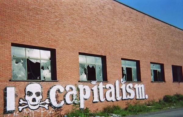 capitalisme credits rosaluxemburg (licence creative commons)