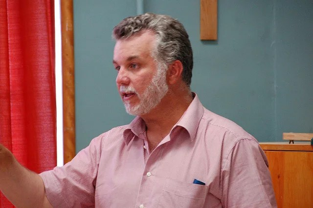Philippe Couillard credits Pascal Sauvé (licence creative commons)