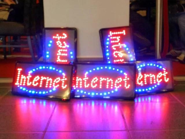 Internet credits hdzimmermann (CC BY-NC-SA 2.0)