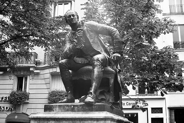 statue de Diderot credits B Duperrin (CC BY-NC-ND 2.0)