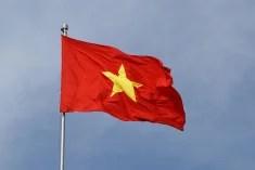 vietnam drapeau par Patrick M. Loeff  (CC BY-NC-ND 2.0)