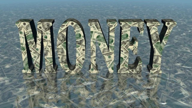 Le monétarisme consiste presque à inonder d'argent l'économie