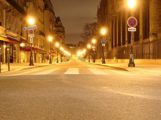 Rue déserte-Cedrick.quintin(CC BY-NC-ND 2.0)