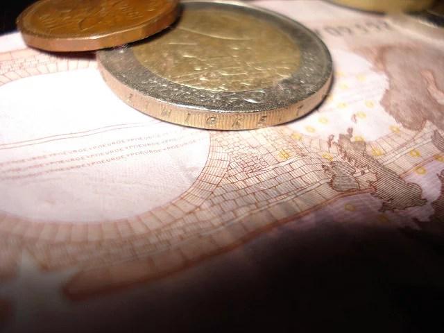Créer de la monnaie, est-ce bon pour l'économie ?