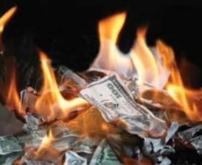Attendez-vous à une « taxe sur le cash »