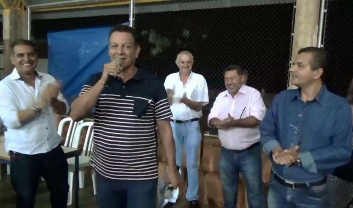 Rio Bom – Prefeitura promove jantar ao servidores públicos municipal b017f7f14b359