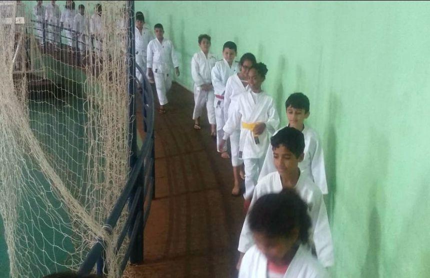 Caratecas de São Pedro do Ivaí têm bons resultados em competição em Ivaiporã