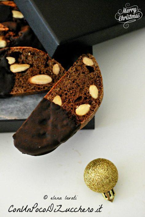biscotti-mandorle-e-cioccolato