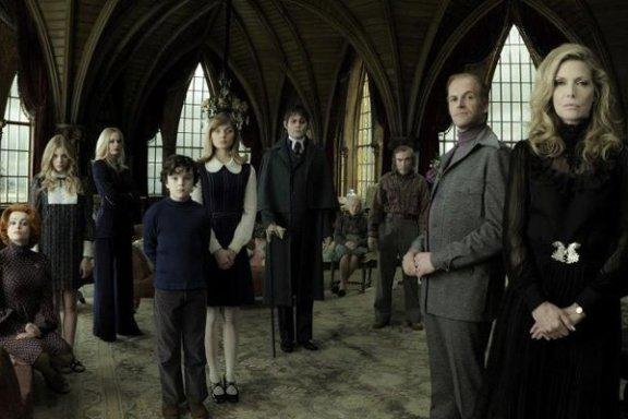 Dark Shadows Family