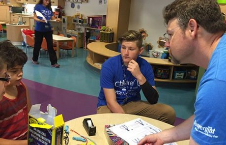Convergint day Chicago colleague teaching kids