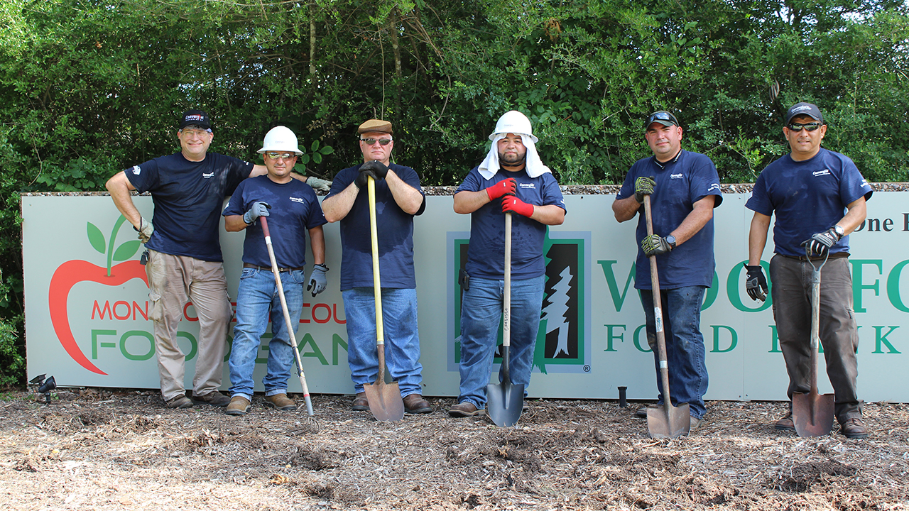 Convergint colleagues with shovels