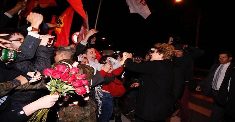 Dilma chega a Canoas.jpg