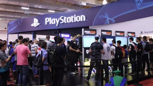 Estande da PlayStation na BGS 2015