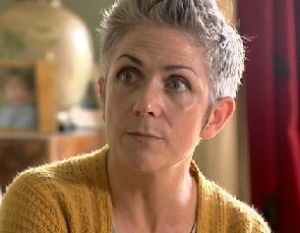 Image of novelist Denise Mina