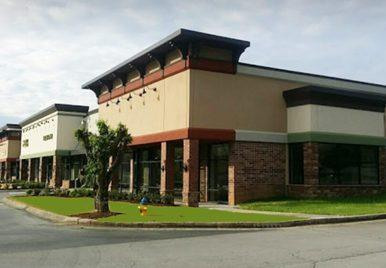 West End Avenue Shops - Class A Retail Space in Farragut