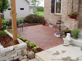 Gorgeous Front Yard Courtyard Landscaping Ideas 26
