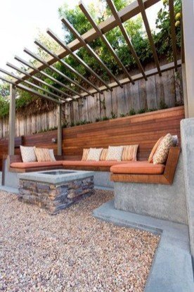 Amazing Backyard Seating Design Ideas 01