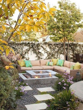 Amazing Backyard Seating Design Ideas 47