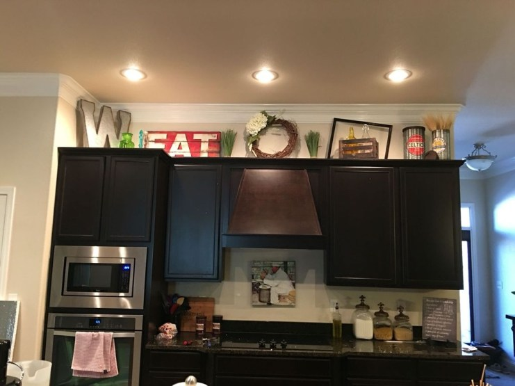 Awesome Decorating Above Kitchen Cabinets 35