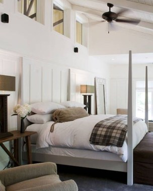 Awesome Farmhouse Style Master Bedroom Ideas 17